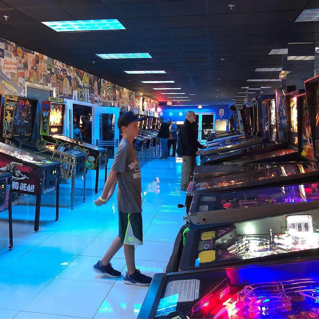 Miami Pinball museum  https://youtu.be/ogTyPjWsYas @chicagolandpinball @miamipinball